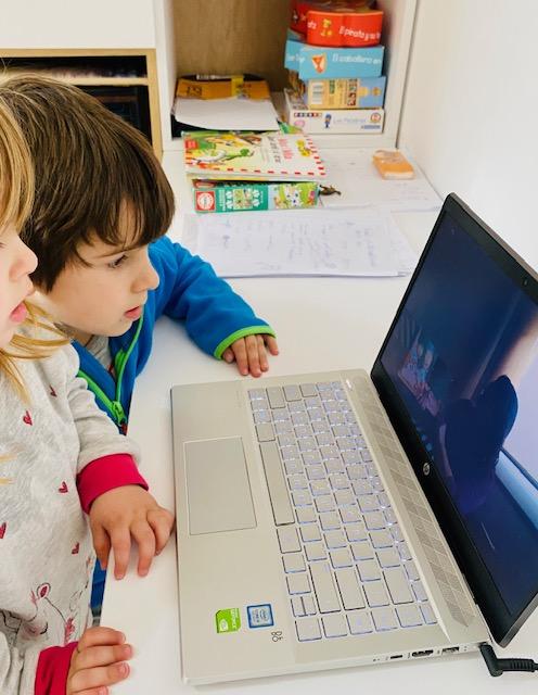 Vídeo-tutories en petit grup a educació infantil