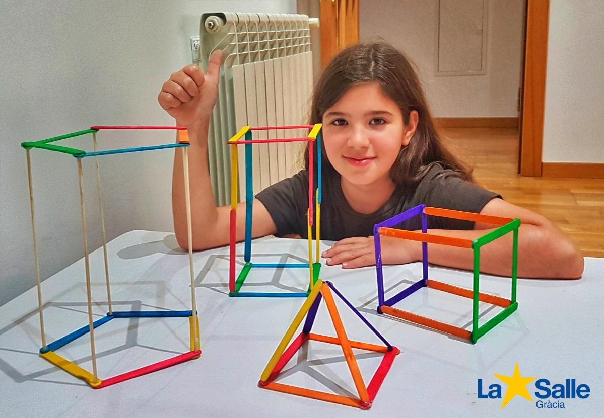 4t de primària construeix els seus propis cossos geomètrics