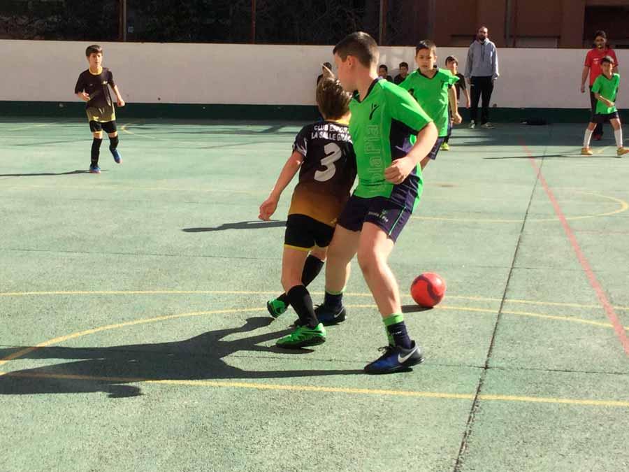 """Crònica del partit Pre-alevins Escola Pia Balmes """"A"""" vs La Salle de Gràcia"""