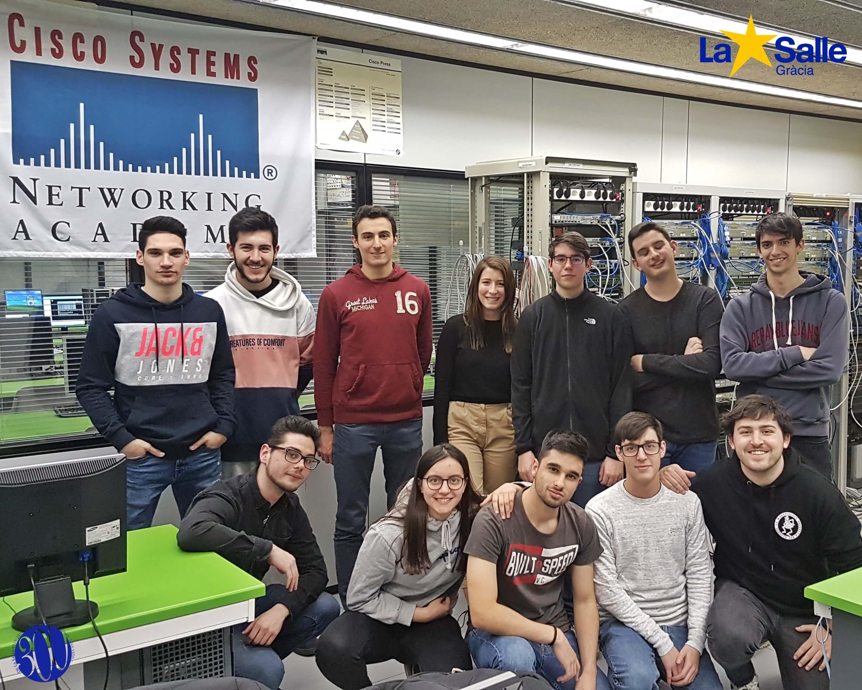 Visites als laboratoris de xarxes informàtiques de la nostra Universitat - URL