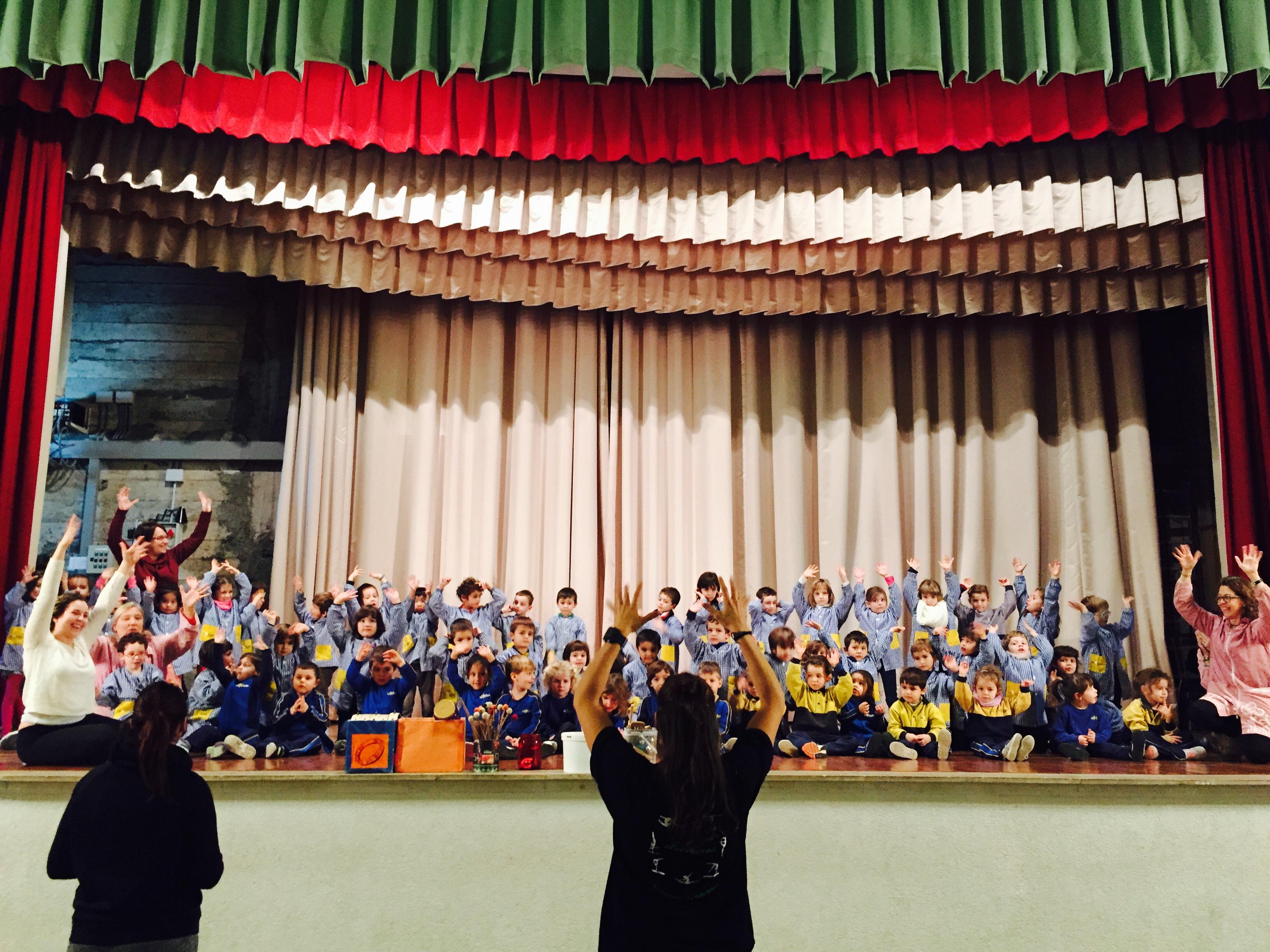 Els alumnes d'Educació Infantil i de Primària preparen els últims assaigs del festival de Nadal