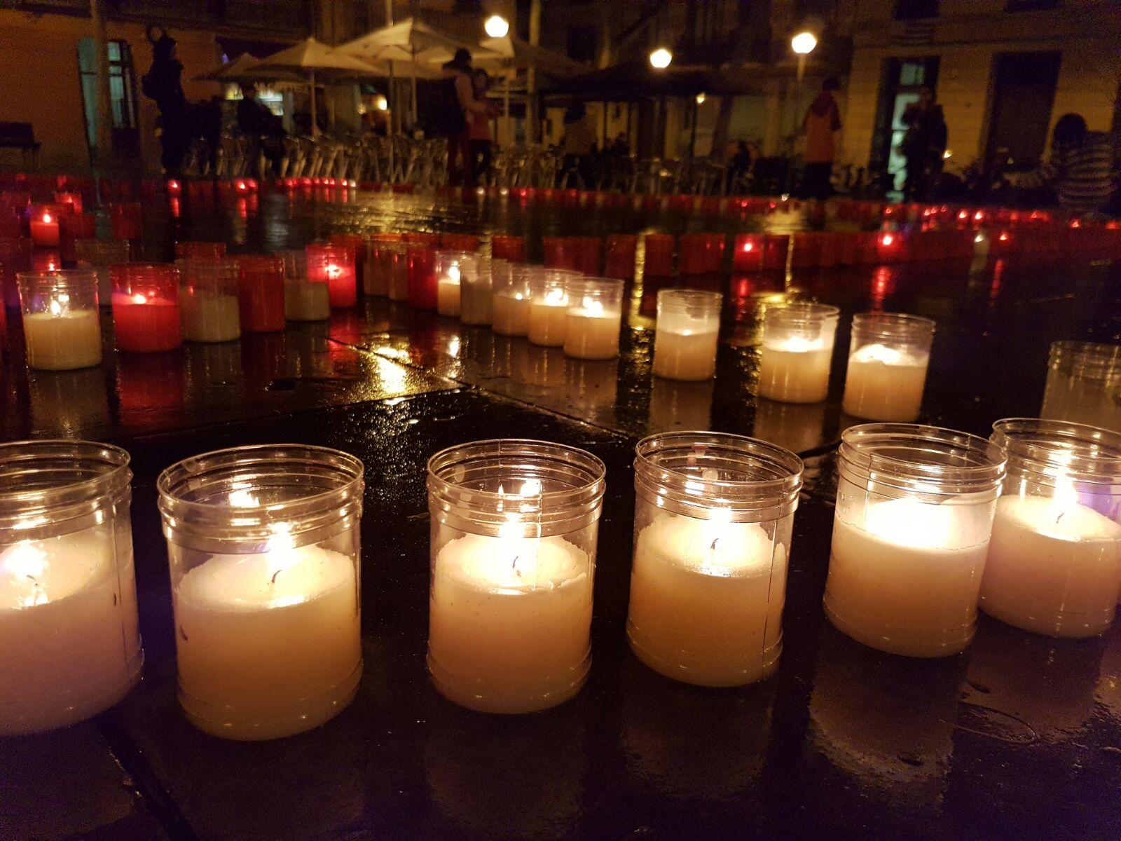 La Salle Gràcia il·lumina la Plaça de la Virreina per garantir el dret a l'educació a Guatemala