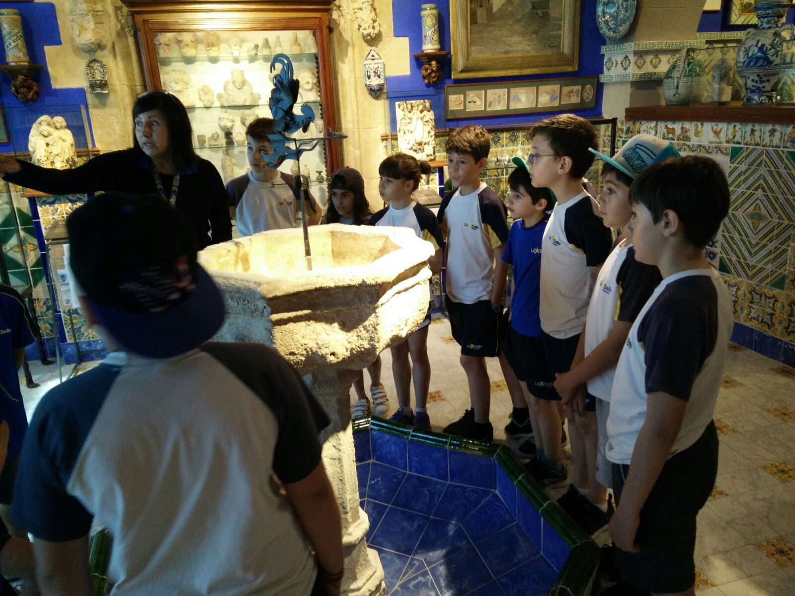 Els alumnes de 5è de Primària visiten el Museu del Cau Ferrat, a Sitges
