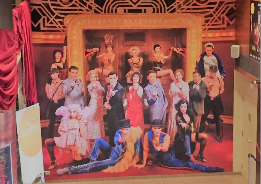 Anem al teatre Victòria a veure <i>Cabaret, el musical</i>